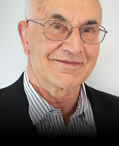 Geschäftsführer Karl Heinz Einhäuser