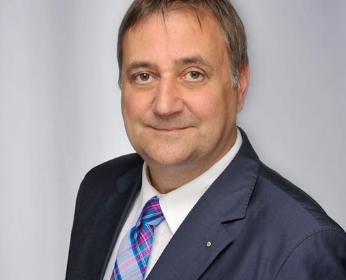 Portrait Dr. Michael Cremer