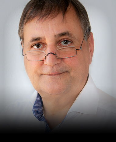 Dr. Michael Cremer