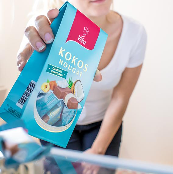 Jetzt mit etwas Glück einen Kühlschrank gefüllt mit Kokos-Nougat oder ein Kokos-Genießerpaket gewinnen.