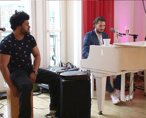 Live Musik Duo am Klavier